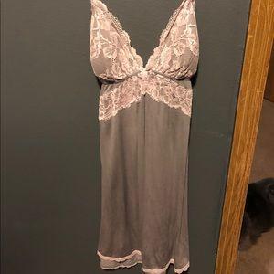 Victoria's Secret grey/pink nightie M